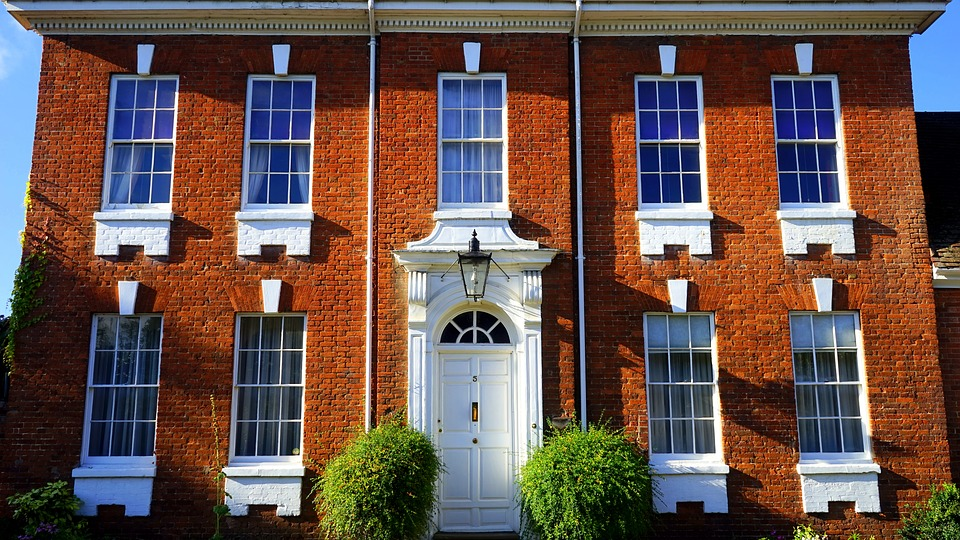 UK property COVID 19 Chinese buyers